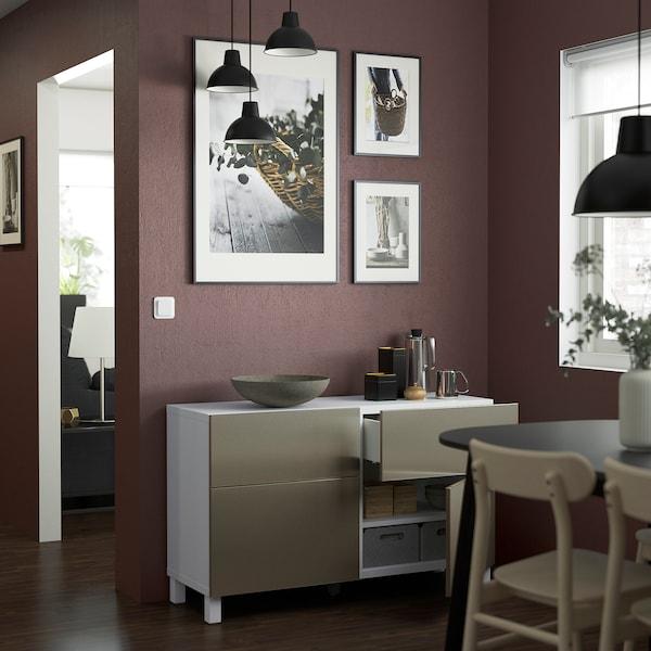 BESTÅ Comb arrumação c/portas/gavetas, branco/Riksviken/Stubbarp efeito bronze claro, 120x42x74 cm