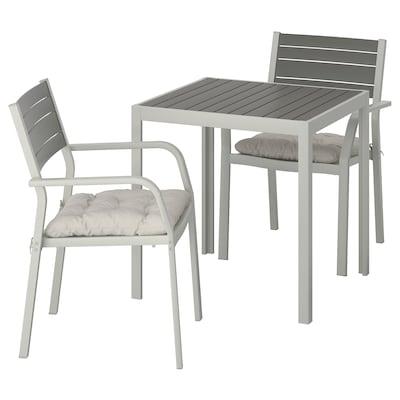SJÄLLAND Mesa+2 cadeiras c/braços, exterior, cinz esc/Kuddarna cinz, 71x71x73 cm