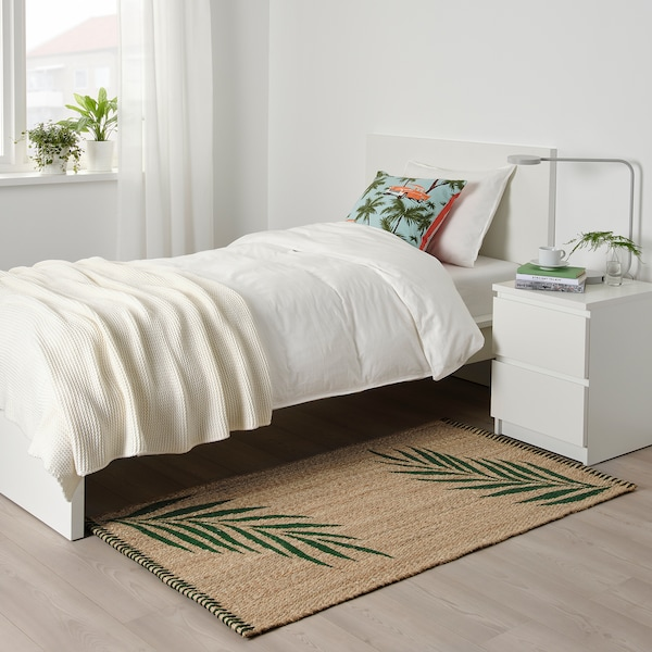 SOMMAR 2020 tapete, tecelagem plana verde folhas/cru 150 cm 80 cm 10 mm 1.20 m² 3000 gr/m²