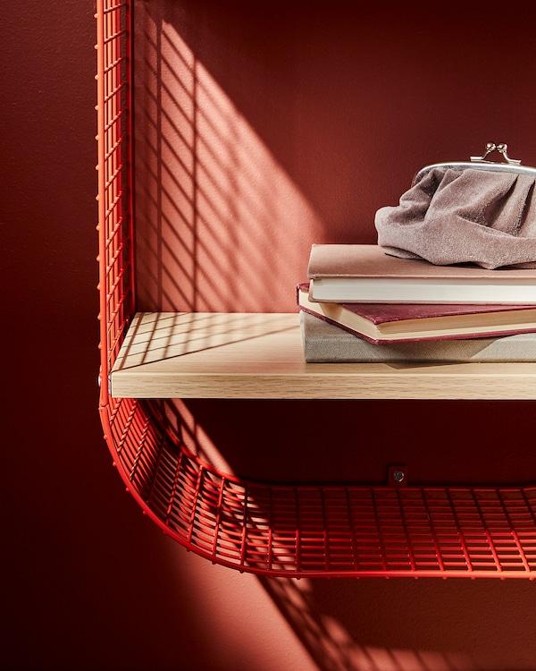 SVENSHULT Estante parede c/arrumação, castanho avermelhado/ef carvalho c/velatura branca, 41x20 cm