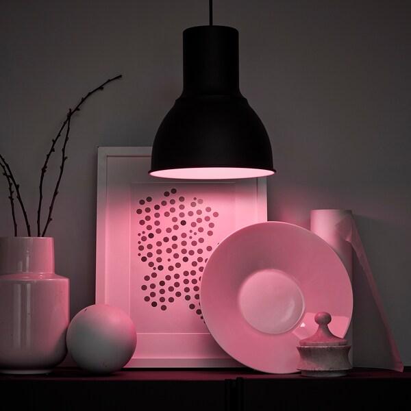 TRÅDFRI lâmpada LED E27 600 lúmens ilum regulável s/fios espectro branco e com cor/globo branco opala 600 Lumen 2700 K 8.6 W