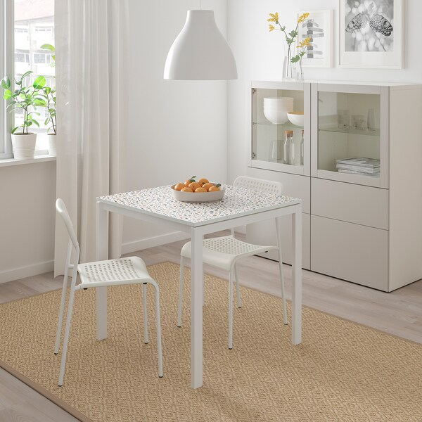 MELLTORP / ADDE طاولة وكرسيان, نقش فسيفساء أبيض/أبيض, 75x75 سم