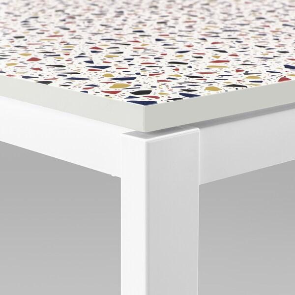 MELLTORP / LEIFARNE طاولة وكرسيان, نقش فسيفساء أبيض/Broringe أبيض, 75x75 سم