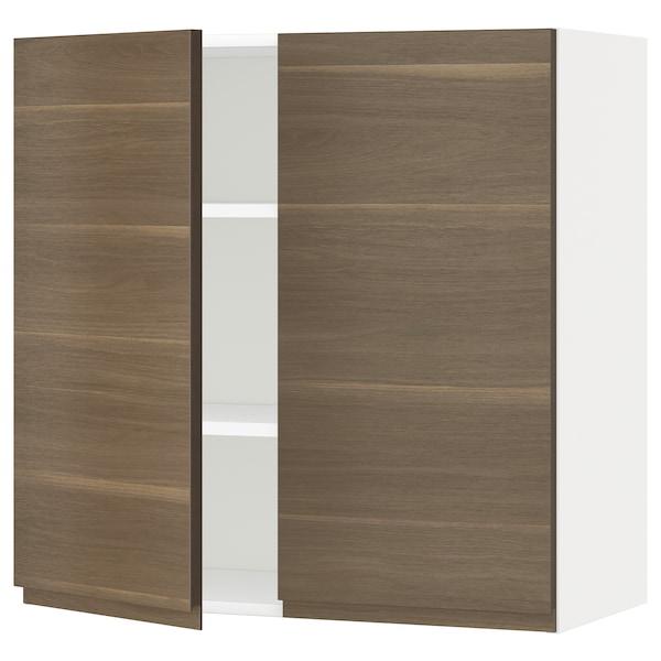 METOD خزانة حائط مع أرفف/بابين, أبيض/Voxtorp شكل خشب الجوز, 80x80 سم