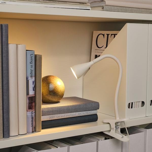 NÄVLINGE مصباح توجيهي بملقط LED, أبيض