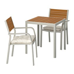 SJÄLLAND table+2 chairs w armrests, outdoor, light brown, Kuddarna beige