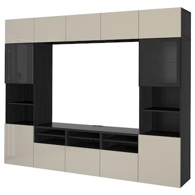 BESTÅ Ansamblu depozitare TV/uşi sticlă, negru-maro/Selsviken lucios/sticlă transparentă bej, 300x40x230 cm