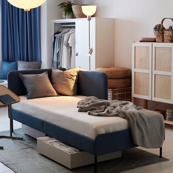 BLÅKULLEN Cadru pat tapiţat cu tăblie colţ, Knisa albastru mediu, 90x200 cm