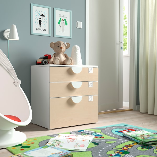 SMÅSTAD / PLATSA Comodă 3 sertare, alb/mesteacăn, 60x42x63 cm