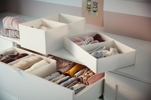 SMÅSTAD / PLATSA Comodă 6 sertare, alb/alb, 60x57x123 cm