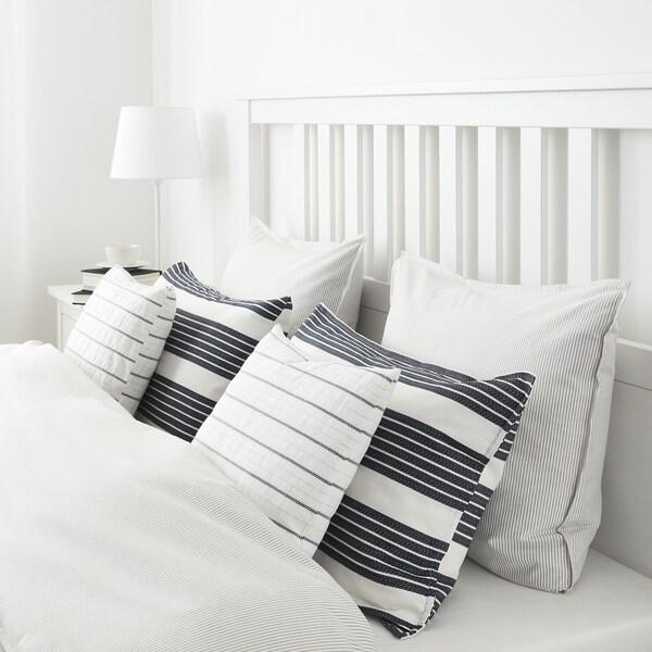 METTALISE Navlaka za jastučić, bela/tamnosiva, 40x65 cm