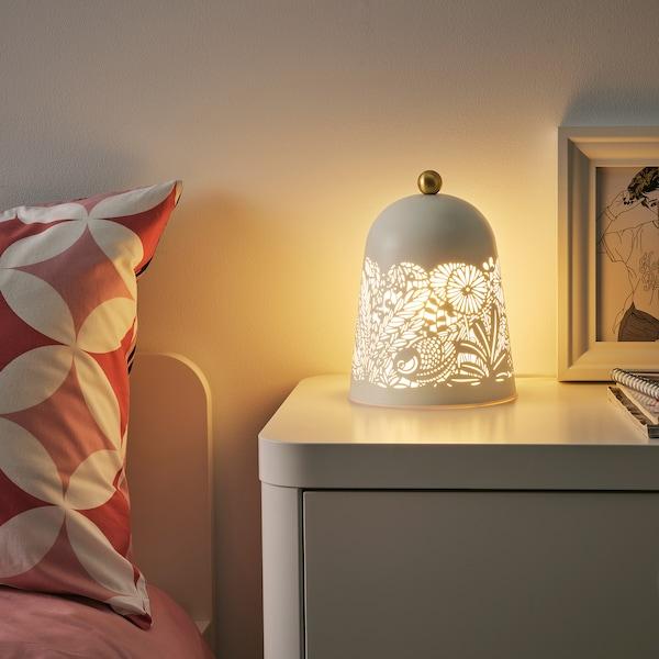 SOLSKUR LED stona lampa, bela/boja mesinga
