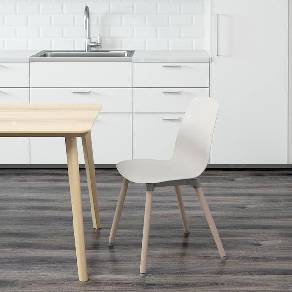 LEIFARNE كرسي, أبيض/Ernfrid بتولا
