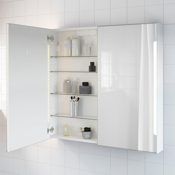 STORJORM خزانة بمرآة 2 باب/إضاءة مدمجة, أبيض, 100x14x96 سم