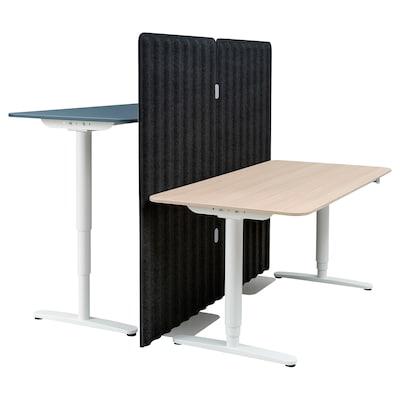 BEKANT Skrivbord sitt/stå med avskärmning, linoleum blå/vitlaserad ekfaner, 160x160 150 cm