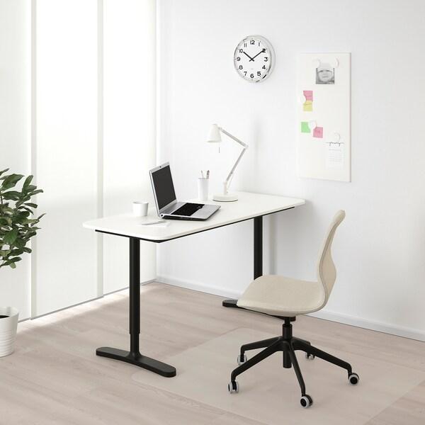 BEKANT Skrivbord, vit/svart, 140x60 cm