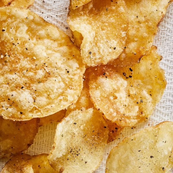 FESTLIGT Potatischips, peppar purjolök, 50 g