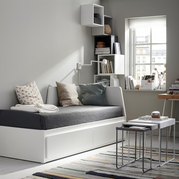 FLEKKE Dagbädd m 2 lådor/2 madrasser, vit/Moshult fast, 80x200 cm
