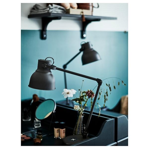 HEKTAR Arbetslampa med trådlös laddning, mörkgrå