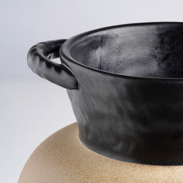 LOKALT Vas, beige svart/handgjord, 21 cm