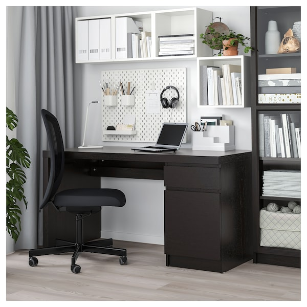 MALM Skrivbord, svartbrun, 140x65 cm