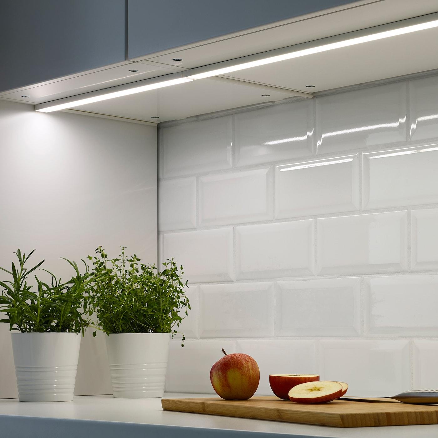 OMLOPP LED bänkbelysning vit 40 cm
