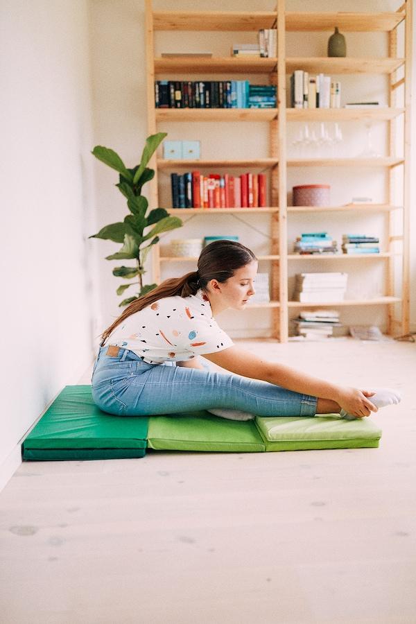 PLUFSIG Gymnastikmatta, hopvikbar, grön, 78x185 cm