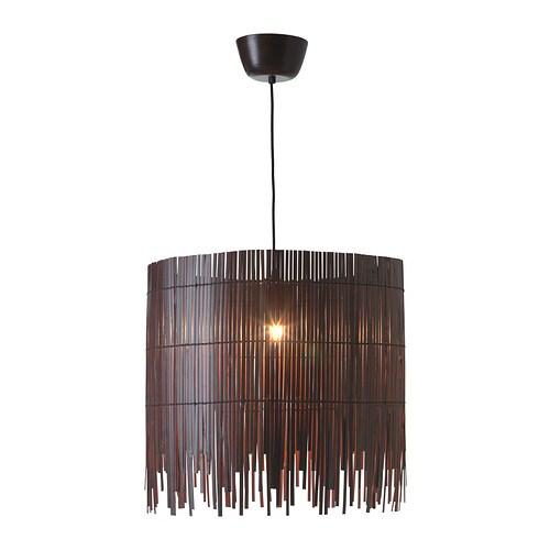 ROTVIK Taklampa IKEA Ljuset skiner genom bambun och skapar spektakulära effekter på väggen.