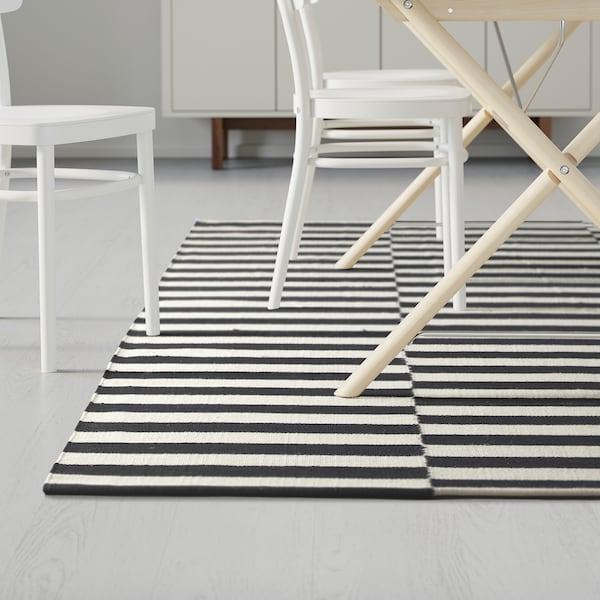 STOCKHOLM Matta, slätvävd, handgjord/randig svart/off-white, 250x350 cm