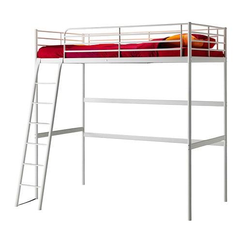 TROMSÖ Loftsängstomme IKEA Stegen kan monteras på höger eller vänster sida av sängen.