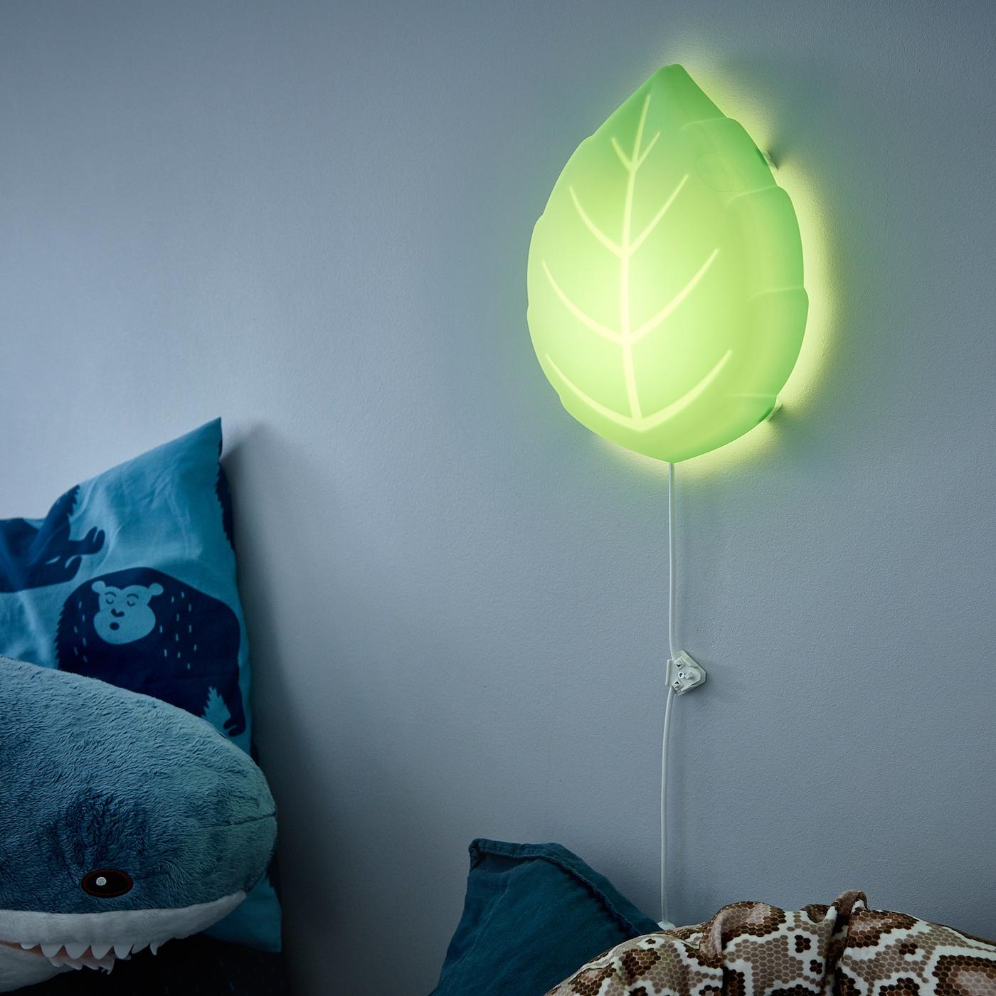 UPPLYST LED vägglampa blad grön