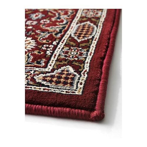 VALBY RUTA Matta, kort lugg IKEA Slitstark, fläcktålig och enkel att sköta eftersom mattan är gjord av syntetiska fibrer.
