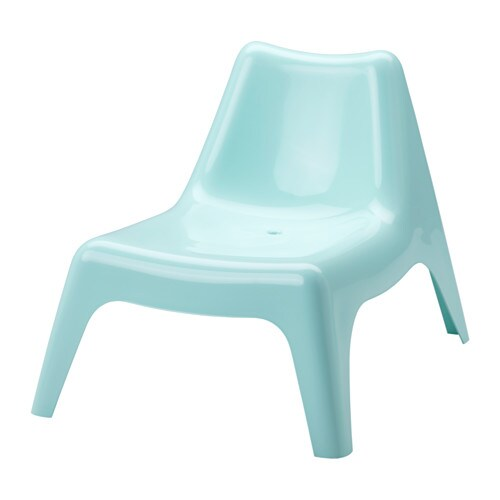 Ikea ps v g easy chair outdoor light blue ikea for Table exterieur ikea