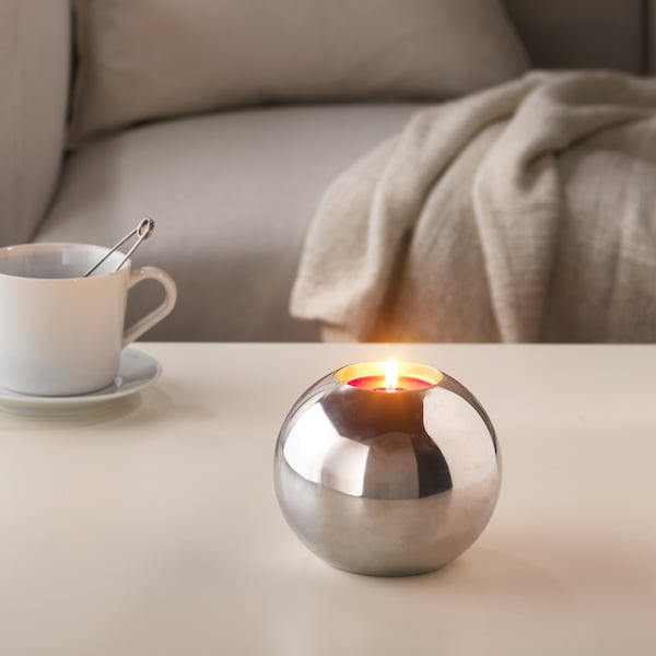 SINNLIG Scented candle in metal cup, Red garden berries/red