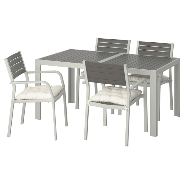 Table 4 Chairs W Armrests Outdoor