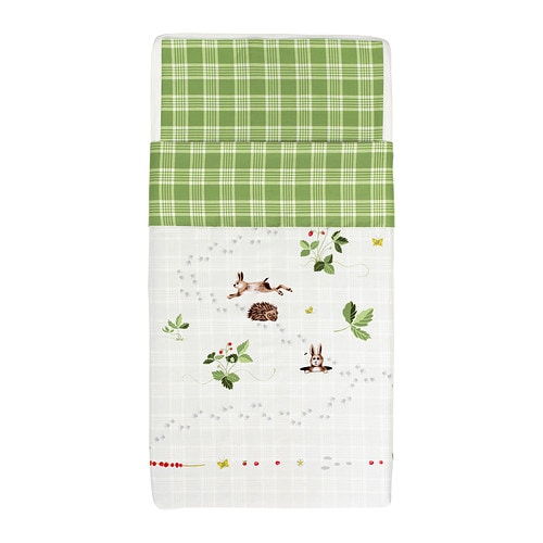VANDRING IGELKOTT Quilt cover/pillowcase for cot IKEA Cotton, soft and nice against your child's skin.