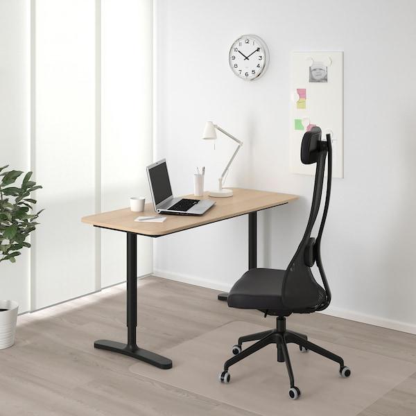 BEKANT Stôl, bielo morená dub dyha/čierna, 140x60 cm
