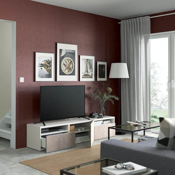 BESTÅ Skrinka na TV so zásuvkami/dverami, biela/Bergsviken béžová, 180x42x39 cm