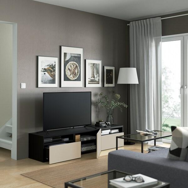 BESTÅ Skrinka na TV so zásuvkami/dverami, čiernohnedá/Lappviken Svetlo sivá/béžová, 180x42x39 cm