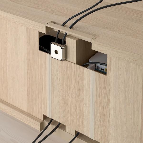 BESTÅ Skrinka na TV so zásuvkami, vzhľad bielo moreného dubu/Selsviken vysokolesklá/béžová, 120x42x48 cm