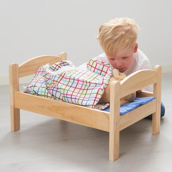 DUKTIG Posteľ pre bábiku, borovica/viacfarebný