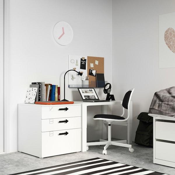 SMÅSTAD / PLATSA Komoda s 3 zásuvkami, biela/biela, 60x55x63 cm