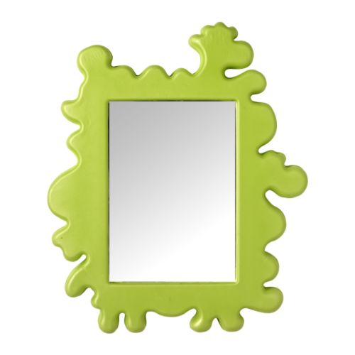 BARNSLIG Mirror   Looking at yourself in a mirror strengthens the body image.