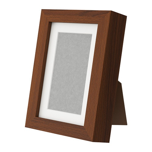 RIBBA Frame   You can enhance and add depth to your picture by using the accompanying mount when you frame it.