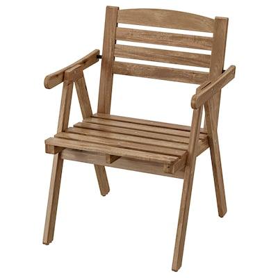 FALHOLMEN ฟอลโฮล์มเมน เก้าอี้มีที่วางแขน กลางแจ้ง, ย้อมสีน้ำตาลอ่อน