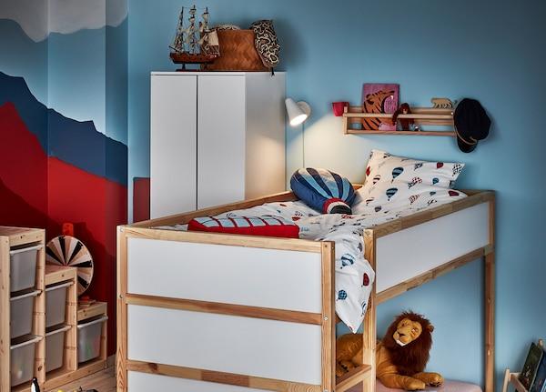 KURA คูร่า เตียงเด็ก กลับด้านได้, ขาว/ไม้สน, 90x200 ซม.