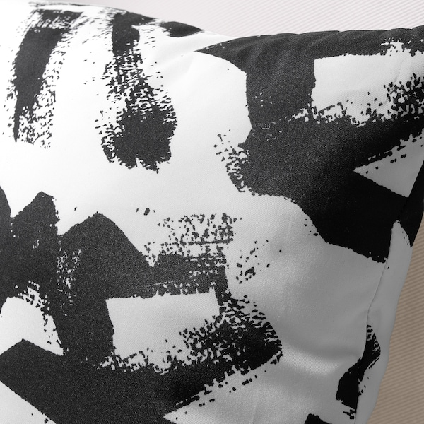 TURILL ทูริลล์ หมอนอิง, ขาว/ดำ, 40x40 ซม.