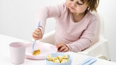 จานและชามสำหรับเด็ก
