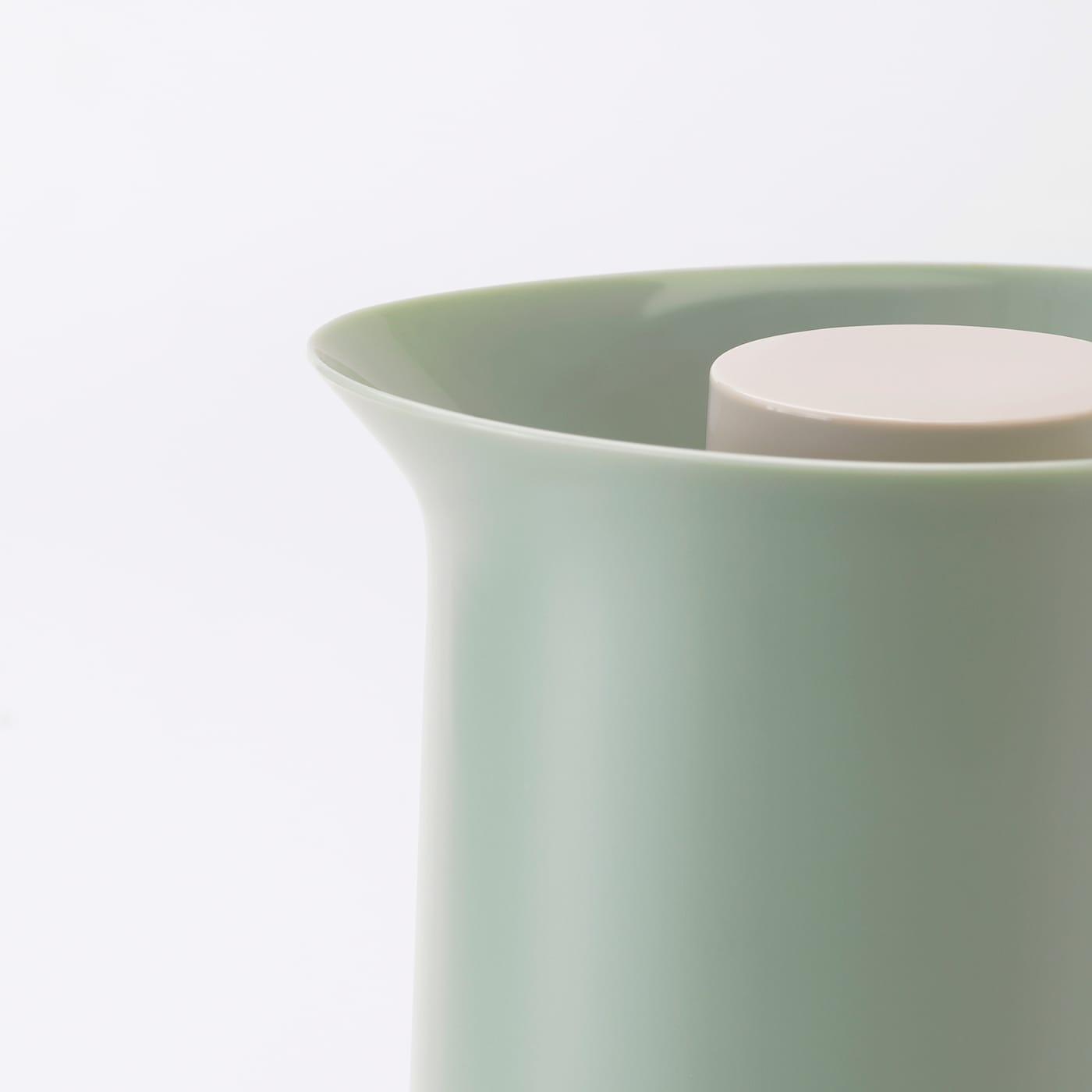 БЕХЕВД термос світло-зелений/бежевий 30 см 1 л