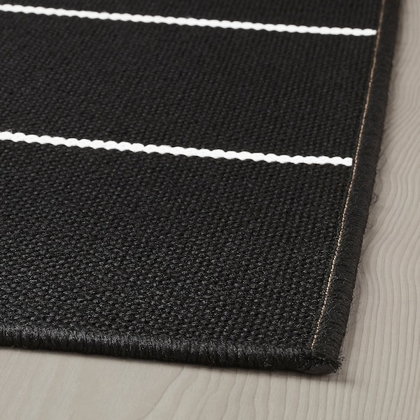 СВАЛЛЕРУП килим, пласке плетіння, приміщ/вул чорний/білий 200 см 200 см 5 мм 4.00 м² 1555 г/м²